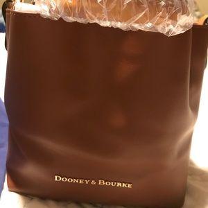 Dooney and Bourke Small Barlow bag BRAND NEW